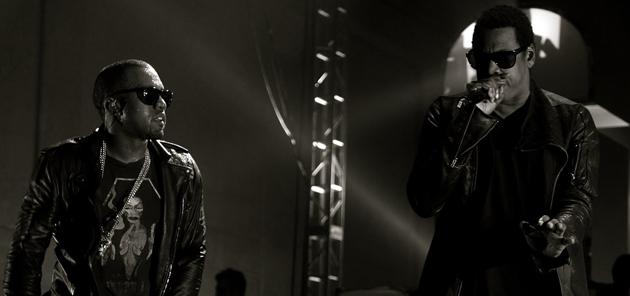 Jay-Z y Kanye West llevan el directo al nivel de arte. Descúbrelo en el video de Ni**as In Paris