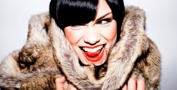 Jessie J – Domino (video)