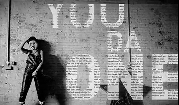 Rihanna – You Da One (video)