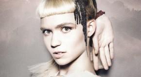 Nightmusic es lo nuevo de Grimes. Ya puedes ver su misterioso videoclip