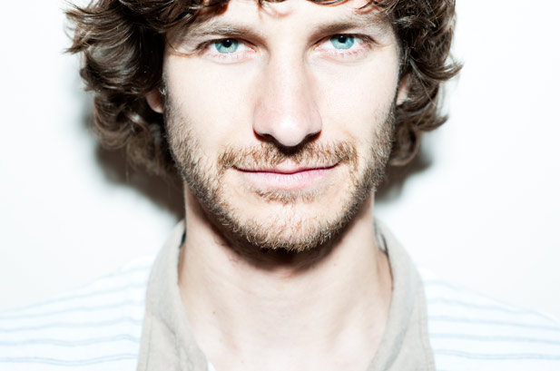 Gotye en stop motion en el videoclip de Easy Way Out