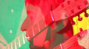 Los españoles Elastic Band recuperan los ochenta más coloristas con Giving Advice