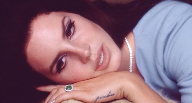 Lana del Rey como Jackie O. en el video de National Anthem