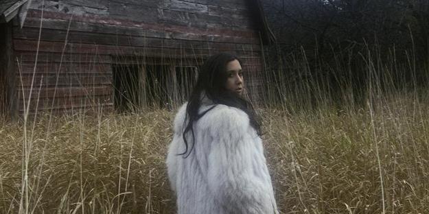Hear The Bells es el nuevo videoclip de Vanessa Carlton