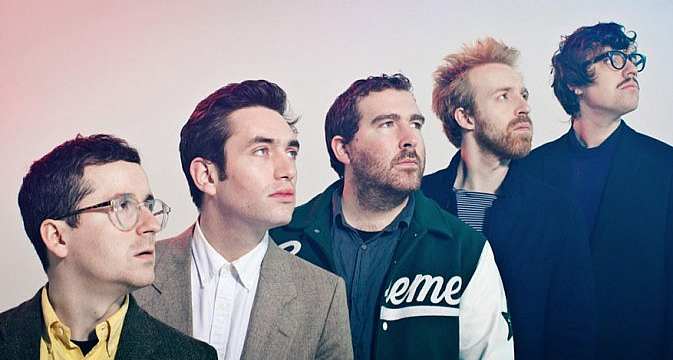 Hot Chip recuperan los 80 en el videoclip de How Do You Do?