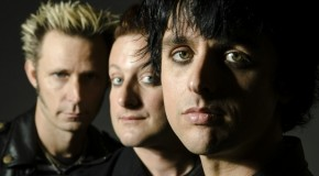 Green Day estrenan video en directo para otro de los temas de UNO!, Nuclear Family