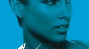 Escucha la versión Blue Light de Girl On Fire de Alicia Keys