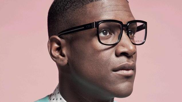 Emotiva colaboración entre Labrinth y Emeli Sandé para el video de Beneath Your Beautiful