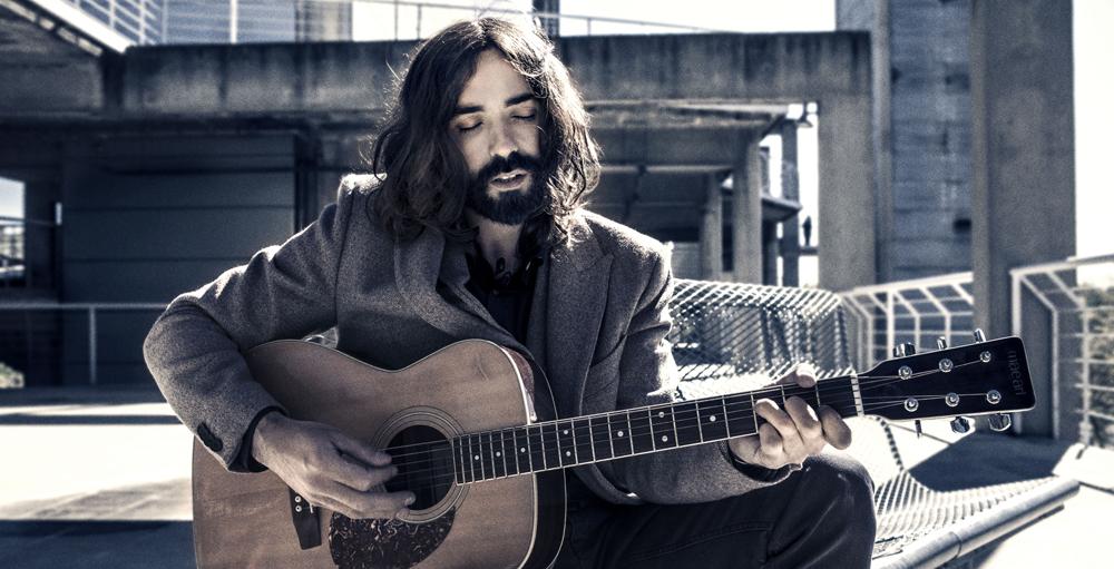 B-side TV: Julián Maeso en acústico: Be Prepared To Change Your Plan