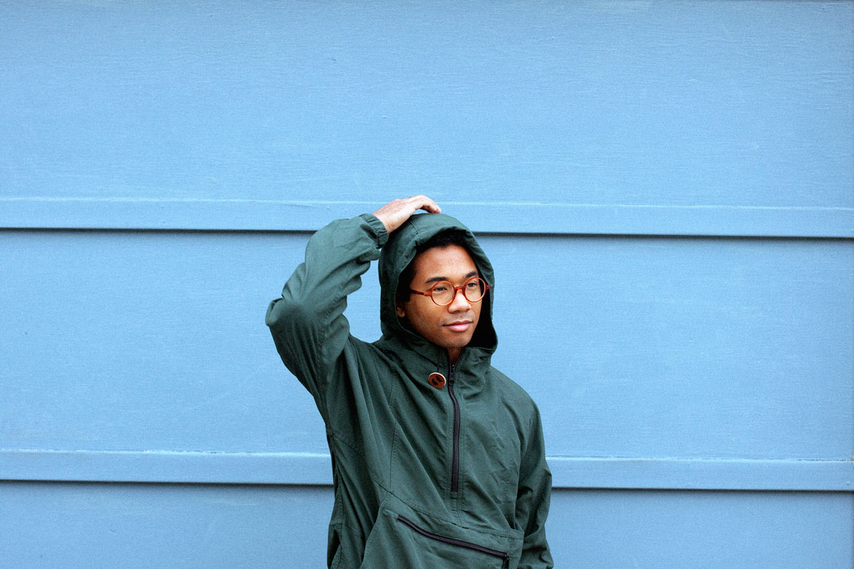 Espectacular regreso de Toro Y Moi con So Many Details