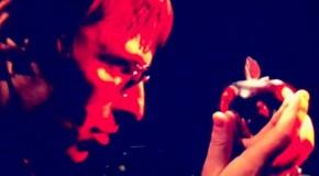 Beady Eye apuntan alto. Video para Second Bite Of The Apple