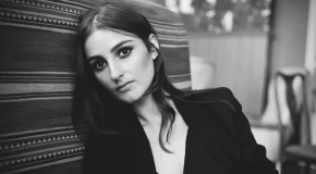 Enigmático videoclip para This is What It Feels Like de BANKS