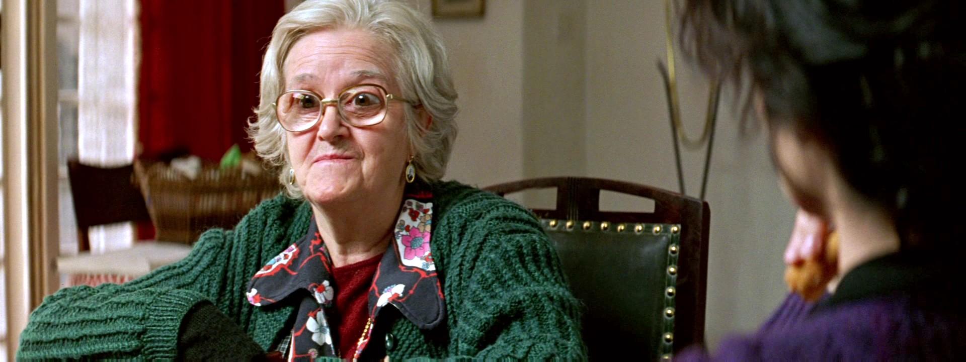Mayores Gamberros: 5 abuelos que no querrías tener en tu cena de navidad