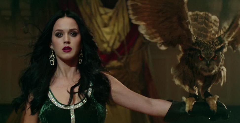 Sucesión de diapositivas preciosistas para Unconditionally de Katy Perry