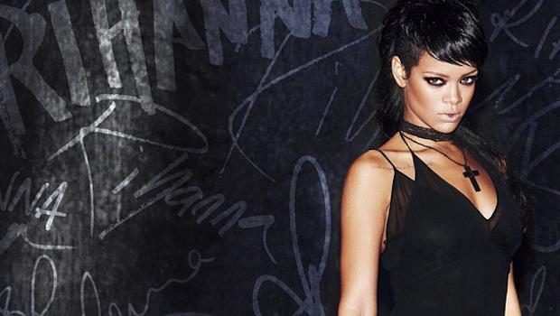 Cambio de tercio para Rihanna con What Now