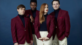Sorprendente nuevo single de Metronomy, el sesentero Love Letters