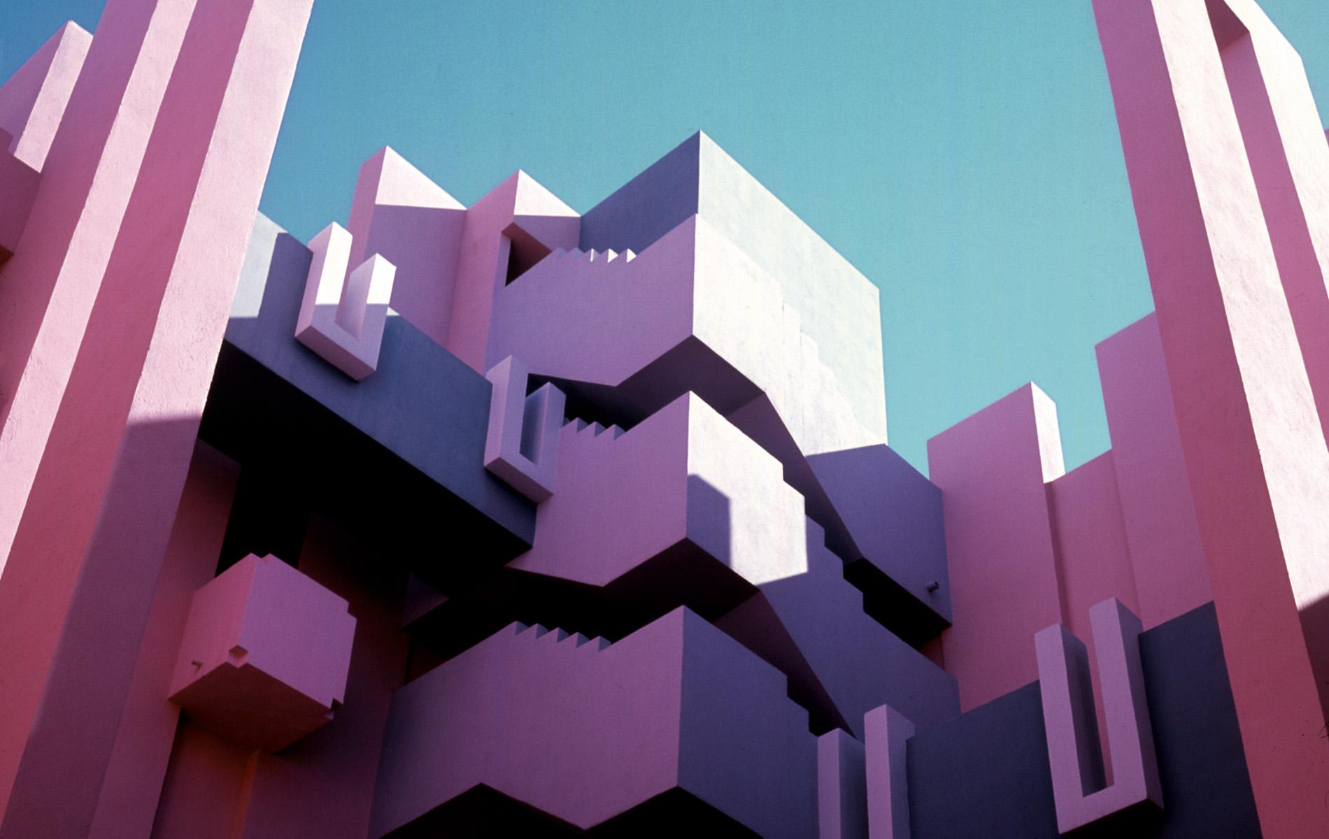 [Arquitectura] La muralla roja, un sueño de arcilla de Ricardo Bofill