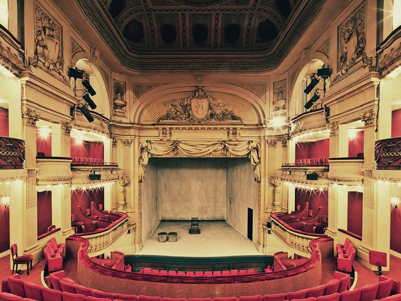 Théâtre de la Madeleine, Paris, 2011 - © Franck Bohbot