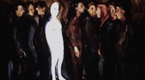 B-Roll: Carine Khalife, aceite y vidrio configuran la experiencia visual de Blown Minded