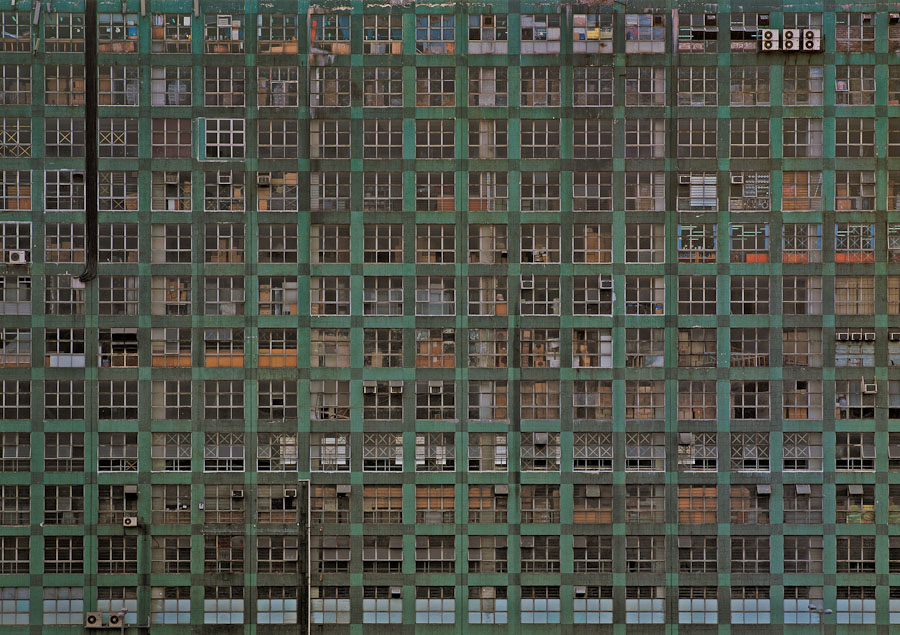 michael-wolf-architecture-of-density-hong-kong-20