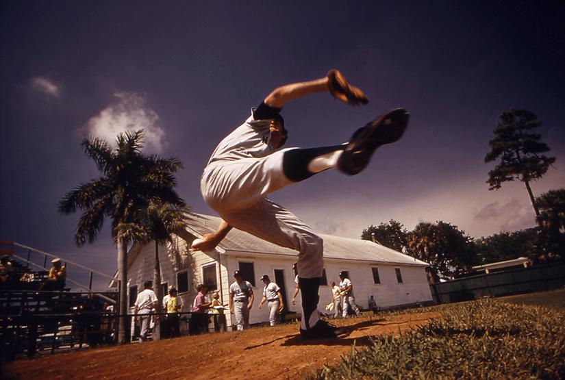 Fotografía deporte Walter Iooss Sam McDowell, Bradenton, FL 1974