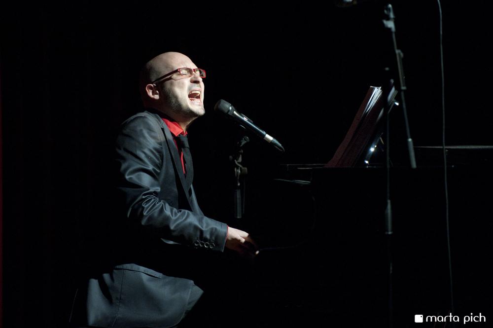critica-orgullo-el-musical-alejandro-martinez-2