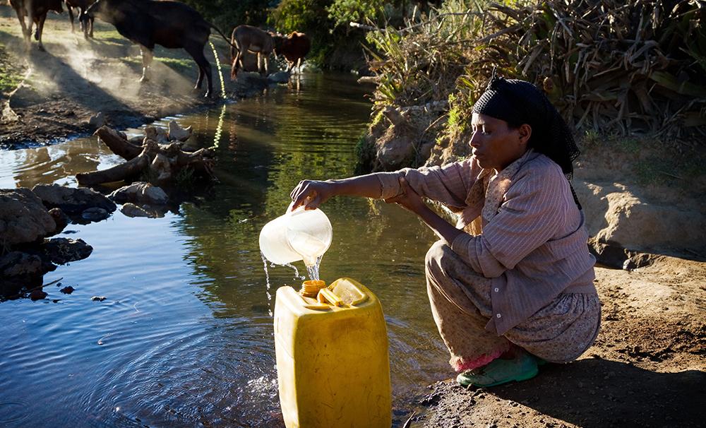 La Caja B: agua, por favor. The Zambia Project