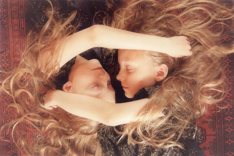 Sueños compartidos. Erna y Hrefna, por Ariko Inaoka - 2011 6