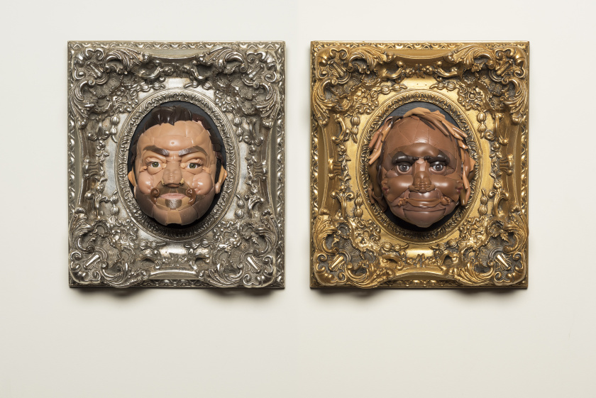 Freya Jobbins: juguetes reconvertidos en arte