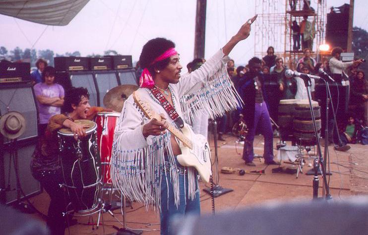 Historia del rock - Jimmy Hendrix en Woodstock