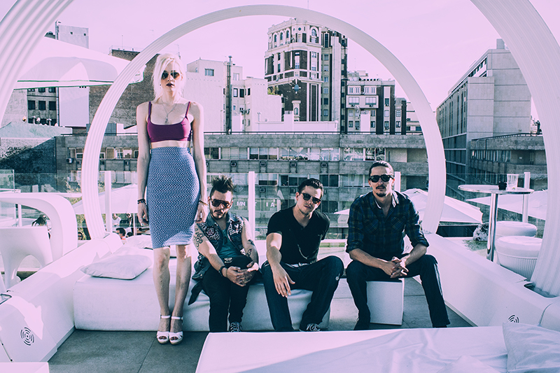 Entrevista Jenny And The Mexicats Frenético Ritmo 3